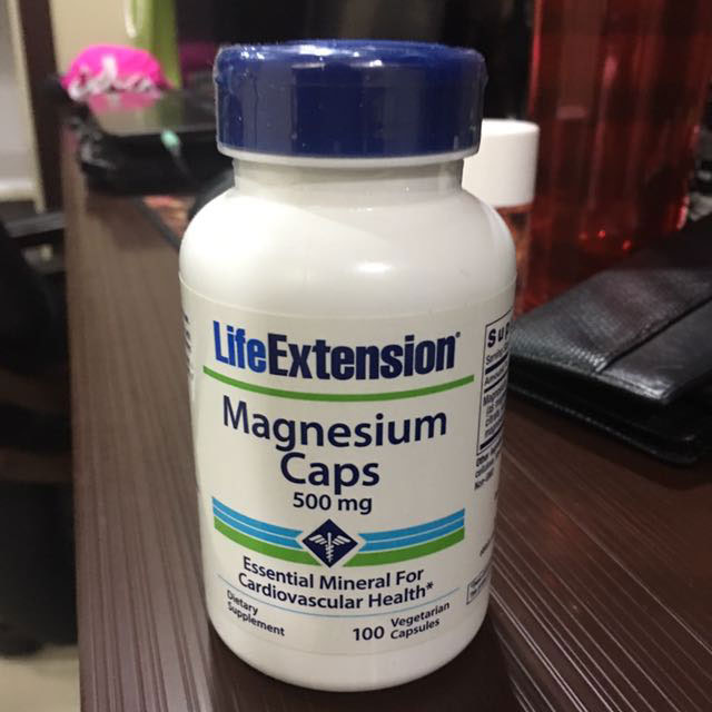 Image of a bottle of 500 mg Life Extension Magnesium